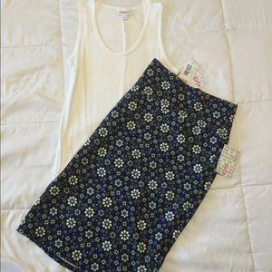 Lularoe Tank Top and Cassie Skirt Outfit Size S